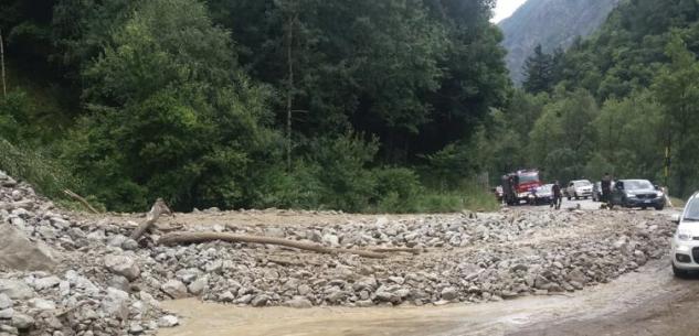 La Guida - Il maltempo colpisce ancora: una frana sulla strada per il Colle della Maddalena