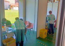 La Guida - Vaccini per i lavoratori agricoli stagionali del saluzzese
