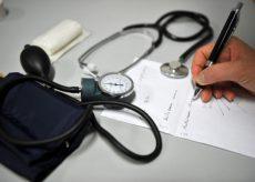 La Guida - Il medico non può vaccinarsi e 1300 pazienti restano senza assistenza