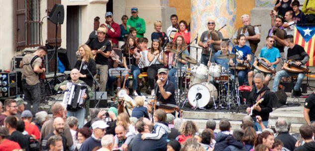 La Guida - Il concerto di Ferragosto dei Lou Dalfin si sposta a Pradleves