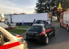 La Guida - Auto trascinata da un autoarticolato a Borgo San Dalmazzo