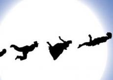 """La Guida - """"Peter Pan"""" a Limonetto: essere adulti è smettere di sognare?"""