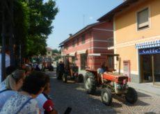 La Guida - Sfilata di trattori a Beinette in onore di San Magno