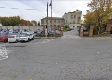 La Guida - Parcheggio ex deposito ATI chiuso per l'allestimento di Mirabilia