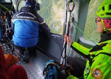 La Guida - Recuperati illesi due escursionisti persi in alta valle Maira