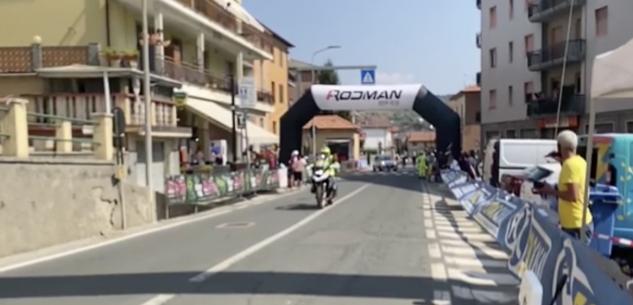 La Guida - Quattro ciclisti travolti da un'auto nella Gran fondo delle Alpi Liguri, tra i feriti gravi il cuneese Mattia Magnaldi