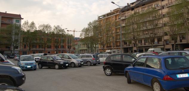 La Guida - Chiuse a traffico e sosta piazza Martiri, via Bassignano e corso Giolitti