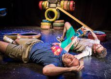 """La Guida - Caraglio, in scena al Teatro Civico """"Fratelli in fuga"""""""