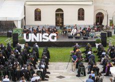 La Guida - Dopo due anni di pandemia, la cerimonia della consegna dei diplomi di laurea