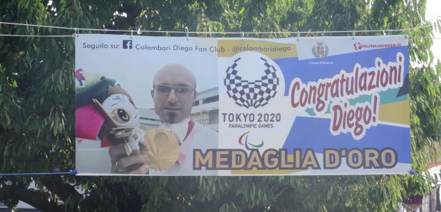"""La Guida - """"Congratulazioni Diego"""", striscione all'ingresso di San Rocco Bernezzo"""