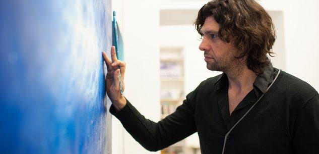 """La Guida - La """"tierra"""" tra origine e trasformazione nell'opera di Ernesto Morales"""