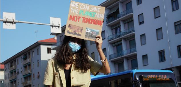 La Guida - Richieste e proposte dei manifestanti cuneesi del Friday For Future