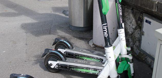 La Guida - Cuneo, il Comune valuta l'introduzione dell'obbligo del casco per il monopattino elettrico