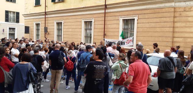 """La Guida - """"No paura day Cuneo"""", manifestazione """"contro il ricatto lavorativo"""""""