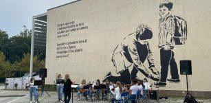 """La Guida - Il murales """"simbolo""""inaugurato al Polo scolastico di Mondovì Piazza"""