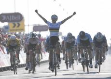 La Guida - Prima vittoria con la maglia di campionessa del mondo per Elisa Balsamo