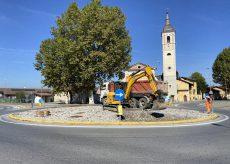La Guida - Passatore, iniziati i lavori per sistemare la rotonda alla chiesa