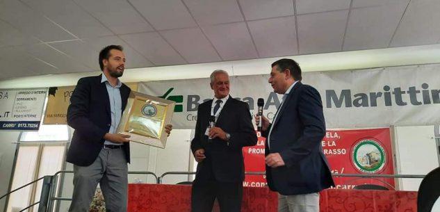 La Guida - Carrù, il sindaco Nicola Schellino socio onorario del Consorzio del bue grasso