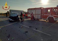 La Guida - Due persone ferite nello scontro tra due auto a Marene